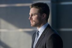 "Arrow Episode 2.18 ""Deathstroke"" Preview « Real TV Reviews"