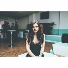 "336 Likes, 3 Comments - chrissy costanza (@costanza_beautiful) on Instagram: ""No reason to feel yourself bad, just feel free to smile even when you fall c: #chrissycostanza…"""