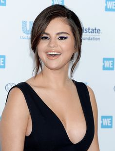 Recently, our favorite celebrity Selena Gomez appeared on the red carpet in a revealing dress and showed off her Tits. Selena appeared in a explicit dress and exposes her sexy curves and big Tits! Selena Gomez Parents, Selena Gomez Sister, Selena Gomez Age, Selena Gomez Net Worth, Selena Gomez Smiling, Selena Gomez Movies, Selena Gomez Red Carpet, Selena Gomez Birthday, Selena Gomez Bikini
