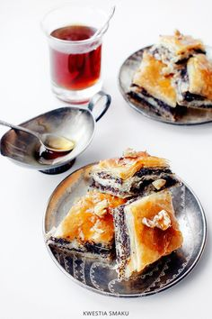 Baklava z masą makową Christmas Baking, Christmas Time, Christmas Recipes, Xmas, Baklava Recipe, Breakfast Menu, Food Items, Cupcake Cakes, Panna Cotta