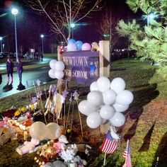 A memorial set up outside #Newtown High School in Connecticut. (Photo: Tom Winter / NBC News)