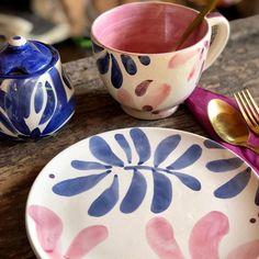Ceramic Clay, Ceramic Painting, Porcelain Ceramics, Ceramic Pottery, Kitsch, Keramik Design, Pottery Painting Designs, Paint Your Own Pottery, Bowl Designs