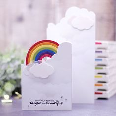 Regenbogen gehen immer oder? Ich schaue da immer automatisch hin, sofern auch die Farbreihenfolge beibehalten wird  Diese Tri-Fold-Card…