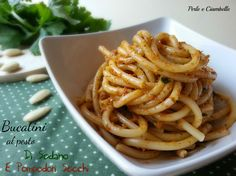 I miei bucatini al pesto di sedano e pomodori secchi : facile, veloce e appetitoso!
