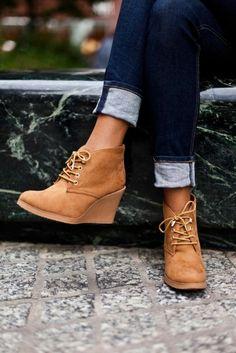 chaussures compensées, chaussures marrones compensées
