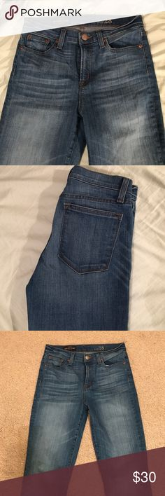 J. Crew High Rise Skinny Jean in Light JCrew Lookout fit in light wash. This is a re-Posh, I love these jeans in the dark wash but found that this wash fits a bit tighter than the dark wash. Never worn by the original owner and never worn by me! J. Crew Jeans Skinny