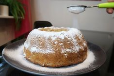 Kuinka tehdään: Vegaaninen Sitruunakakku Vegan Cake, Vanilla Cake, Brownies, Pudding, Cakes, Desserts, Food, Cake Brownies, Tailgate Desserts