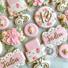 "Blueberry Hill Cookie Company on Instagram: ""#blueberryhillcookieco #ykmaker #yzf #floralcookies #cakecookies #pinkandwhitecookies #birthdaycookies #girlbirthdaycookies…"" Cookie Company, Birthday Cookies, Cake Cookies, Cookie Decorating, Blueberry, Floral, Desserts, Instagram, Food"