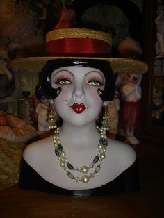 This is an adorable young girl flapper mannequin head/bust with expandable stand . By herself, she stands 14 tall and 12 wide with a head Dress Form Mannequin, Vintage Mannequin, Mannequin Heads, Glamour Ladies, Art Deco, Scratch Art, Guys And Dolls, Hat Stands, Vases