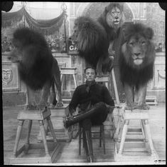 vintage circus | the lion tamer.