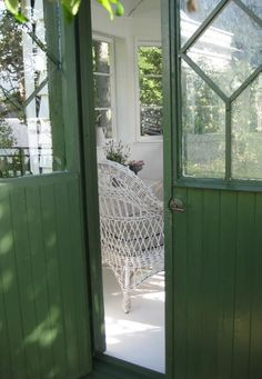 the green cottage .. X ღɱɧღ