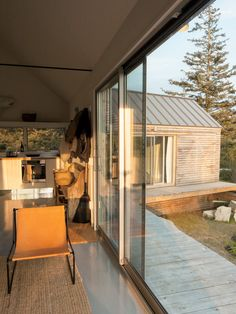 Little House on a Ferry | Dwell Magazine | GO Logic