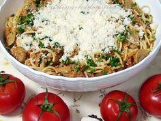 Spaghete cu sos de rosii Fried Rice, Fries, Ethnic Recipes, Food, Eten, Meals, Stir Fry Rice, Diet