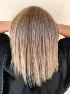 Shaded blonde Ombre Hair Color For Brunettes Blonde shaded Hair Color Shades, Ombre Hair Color, Cool Hair Color, Ombre Blond, Brown Blonde Hair, Balayage Hair, Hair Looks, Hair Lengths, Hair Inspiration
