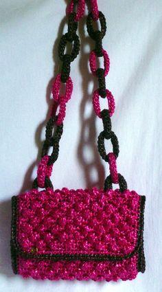 Pochette crochet rafia modello NUTS : Borsette di fili-e-fettuccia