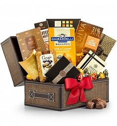 Gourmet Gift Baskets: The Holiday Treasure Chest