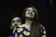 In photos: The most photogenic of the 24,896 fans in NU-FEU Game 2 - Yahoo Sports Philippines