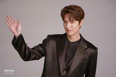 Lee Min Ho Smile, Lee Jong Suk, Minho, Man Crush, Korean Actors, Boyfriend, Hollywood, Guys, Film
