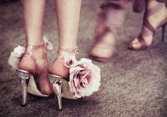 loving the big flower on these shoes :)