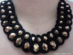 Maxi Colar veludo preto com cristais dourados, vc encontra aqui, www.jobijoias.com.br