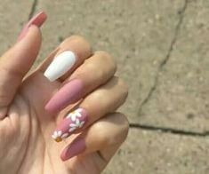 Diva Nails, Aycrlic Nails, Gradient Nails, Prom Nails, Gel Manicures, Rainbow Nails, Glitter Nails, Gel Nagel Design, White Nail Art