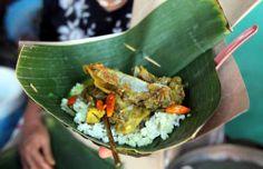 Tengkleng, makanan khas dari Solo yang dibuat dari kepala dan kaki kambing