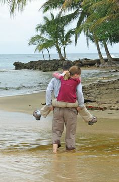 What are the best family itineraries in Costa Rica? - Travel Savvy Mom: Family Vacations, Hotels, Destinations, and Gear