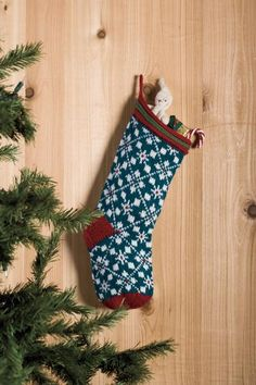 Christmas Stocking Knitting pattern Scandanavian Christmas Stocking - Knitting Patterns and Crochet Christmas Stocking Pattern, Crochet Christmas Ornaments, Christmas Knitting, Christmas Crafts, Knit Stockings, Knitted Christmas Stockings, Knitting Projects, Knitting Patterns, Knitting Hats