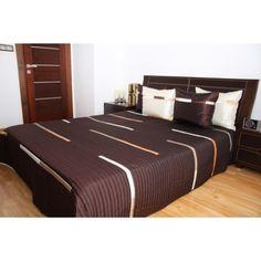 Luxusní přehozy na postel v čokoládové barvě - dumdekorace.cz Hotel Bed, Bedding Sets, Luxury, Furniture, Home Decor, Beautiful, Decoration Home, Room Decor, Bed Linens