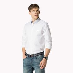 Come and read about the latest Tommy Hilfiger collections and choose your favorite line! Classic White, White White, Casual Shirts, Tommy Hilfiger, Chef Jackets, Shirt Dress, Fitness, Mens Tops, Slim