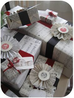 Recycled Book and Sheet Music Gift Wrap! Wow, Thinking back to my days of taking piano lessons.  The piano bench was FULL
