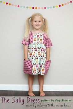 ab213d94872343 Sally Dress Pattern by Very Shannon sewn by Welcome to the Mouse House  Beginner Knitting Patterns