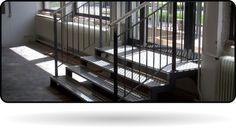 Stiegenabgang in Geschäft, Alu, Niro und Eisenkombi Stairs, Room, Furniture, Home Decor, Bedroom, Stairway, Decoration Home, Room Decor, Staircases