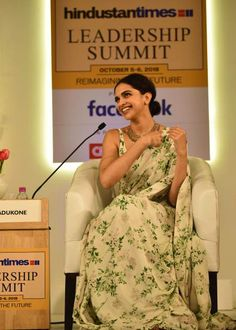 Deepika Padukone at Hindustan Times Leadership Summit in New Delhi, October Deepika Padukone Saree, Deepika Ranveer, Shraddha Kapoor, Leadership Summit, Indian Outfits, Indian Clothes, Tie Styles, Lehenga, Sarees