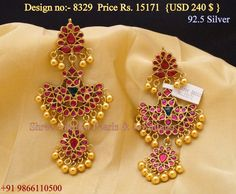 India Jewelry, Temple Jewellery, Indian Wedding Jewelry, Bridal Jewelry, Jewelry Design, Jewelry Art, Jewelry Patterns, Gold Necklaces, Gold Earrings