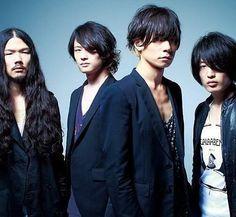 [Champagne]2013/6/11「Talking Rock!7月号」増刊の別冊付録 Rock Bands, Singer, Japanese, Tags, Portrait, Music, Instagram, Travel, Musica