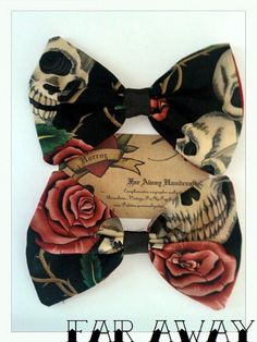 Skulls and roses on black bows