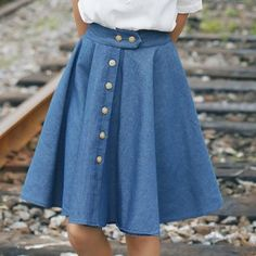 Buy sansweet Buttoned Denim A-Line Skirt at YesStyle.com! Quality products at remarkable prices. FREE WORLDWIDE SHIPPING on orders over US$35.