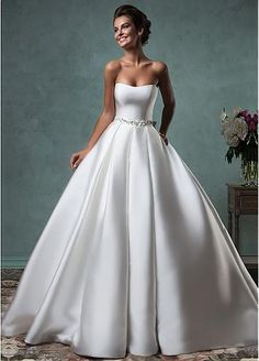 Fabulous Satin Strapless Neckline A-line Wedding Dresses with Bowknot