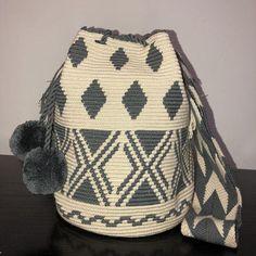 Tapestry Crochet Patterns, Crochet Stitches, Knit Crochet, Crochet Handbags, Crochet Purses, Mochila Crochet, Tapestry Bag, Knitted Bags, Crochet Accessories