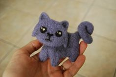 Meow!   Neddle felted cat brooch