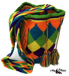 Handmade Wayuu Mochila Rombos Pattern Crossbody Bag por MuyPaisa