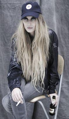 Photo-Rafa Gallar Make-up by Pilar Lucas using Armani Hair-Pilar Lucas using Redken