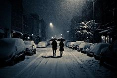 Image uploaded by signe vinther. Find images and videos about couple, winter and night on We Heart It - the app to get lost in what you love. Williamsburg Brooklyn, Winter Love, Winter Snow, Winter Walk, Winter Magic, Cozy Winter, Winter Night, We Heart It, Couple Tumblr
