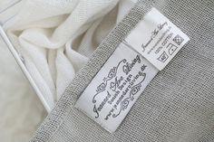 Pehmeät vaaleat tekstiilit. // Soft light textiles. <3 #oikotieasunnot