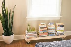 DIY: rolling bookshelf