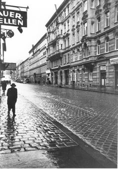 Unknown photographer, Berggasse Vienna This is the place where Sigmund Freud had his psychoanalytical practice. This house in the Alsergrund district, at Berggasse was newly built when Freud moved here in The previous building on. Sigmund Freud, Carl Jung, Scenery Pictures, Old Pictures, Vienna Austria, Black And White Pictures, Dark Souls, Old World, Street View