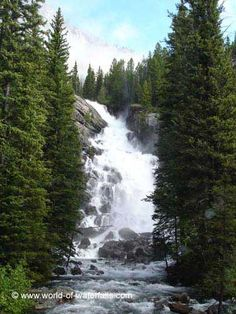 Hidden Falls  Grand Teton National Park / Jenny Lake, Wyoming, USA