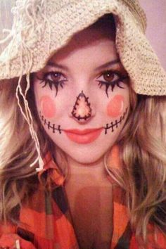 """You can currently viewing the """"DIY Halloween Animal Costumes Ideas"""". There are some Ideas of DIY Halloween Animal Costumes. The word Halloween is derived from Costume Halloween, Halloween Mono, Theme Halloween, Holidays Halloween, Halloween Make Up, Halloween Crafts, Halloween Scarecrow, Halloween Decorations, Homemade Halloween"""