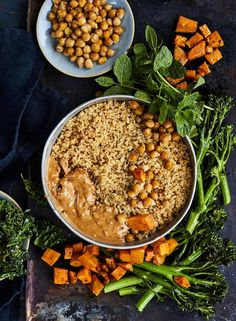 bataatti-kikhernekulho Wine Recipes, Acai Bowl, Beans, Vegetables, Breakfast, Food, Acai Berry Bowl, Morning Coffee, Vegetable Recipes